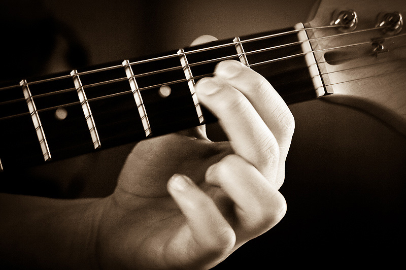 Photo of the Day: Quick Fingers