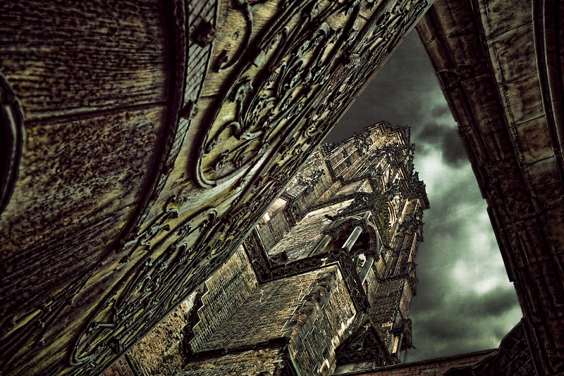 Photo of the Day: The dark Tower